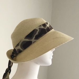 Exchangeable Scarf  Nine West Hat • M